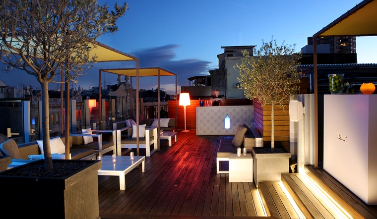 011 Chill Out Sky Bar